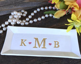 Monogrammed Wedding Gift Tray - Triple Monogram, Monogrammed Gifts, Personalized Tray, Wedding Gift Idea, Gift for Couple, Anniversary Gift