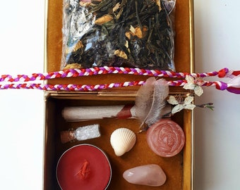 Love Spell Box / Wee Witch Travel Altar Kit