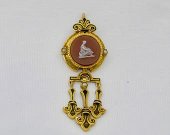 Antique, French, 18ct. gold hardstone cameo pendant