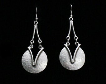 Antique Silver Plated Pewter Jewelry Earrings KU40