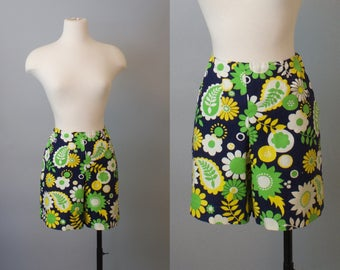 Petal Power 60s Shorts / Summer Shorts / 60s Cotton Shorts