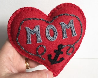 Heart plushie, felt anchor plush heart, gitfts for her, gofts for mom and mother in law, nautical, stocking stuffer for her, HibouDesigns