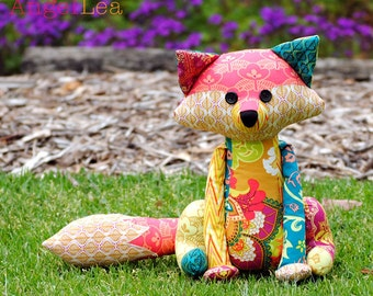 Fox Softie PDF Sewing Pattern, Francie the Fox Stuffed Animal Pattern, Patchwork Fox Pattern