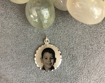 Personalized Custom Made Photo Pendant Round Shape -- Small Size