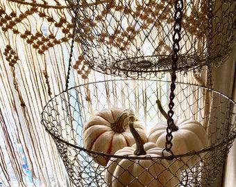 Fruit basket | Wire basket | Hanging baskets | Vintage basket