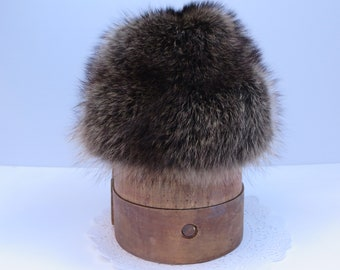 VINTAGE FUR HAT, Raccoon fur hat, Men's hat, Women's hat, Fashion cap, Ambassador fur hat, Winter hat, Outdoor accessory, Fashion accessory
