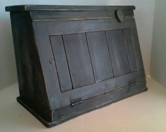 Primitive Country Farmhouse Aged Wood Bread/Biscuit Box Black Distressed