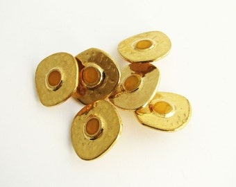 6 Gold tone and yellow shank buttons, unused vintage metal sewing buttons, 20 mm
