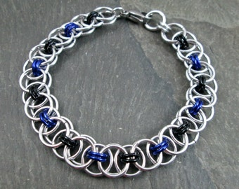 Chainmaille Bracelet - Helm Weave - Black and Purple - Chainmail Jewelry - Helm Chainmaille
