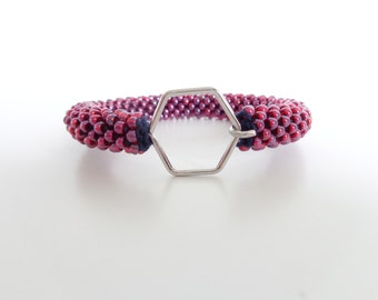 Bordeaux Bracelet hexagon // Bracelet Honeycomb // Geometric Bracelet //  Beaded Rope bracelet // Crochet Bead Bangle //