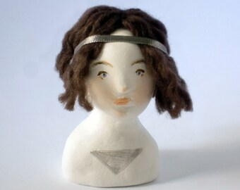 Doll Bust Suzanne Silver Triangle