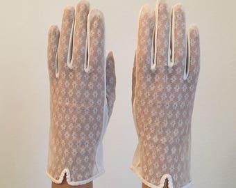 Vintage Bridal Gloves ... Cream Color