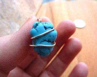 Turquoise Pendant Blue Necklace
