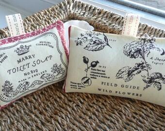 Lavender Sachets, Organic Lavender Gift, Scented Gift, Wardrobe Fresheners, Hanging Fabric Gift, French Lavender Bags, Vintage Botanical