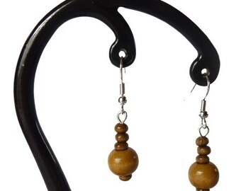 Light brown wood earrings