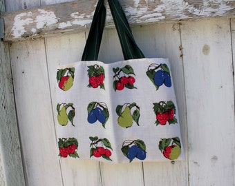"Upcycled Vintage Tea Towel Tote, 15"" x 11"", vintage tea towel, grocery tote bag, library tote bag, fresh fruit tote, OOAK, eco bag"
