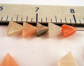 moonstone triangles 9mm 21 gram