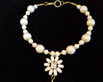 Wedding pearl/daisy choker style necklace