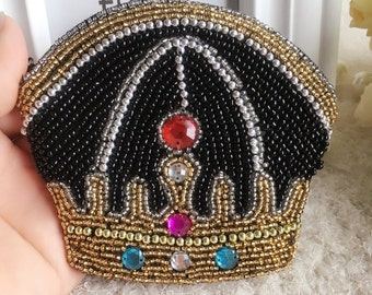 Handmade Crown shaped beaded coin purse for Wholesale, glass beaded coin wallet, mini wallet, handmade birthday gift