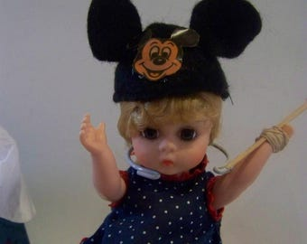 Wendy goes to Disney World MADC special one of a kind 8 in doll