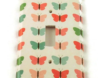 Light Switch Cover  Wall Decor Switchplate in Sweet Butterfly (132)