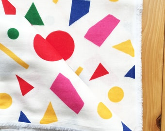 japanese fabric. solid cotton double gauze. geometric pattern. 108cm (42.5in) wide. sold by 50cm (19in) long / half yard. bright