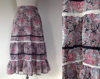 1960s Floral paisley tiered skirt