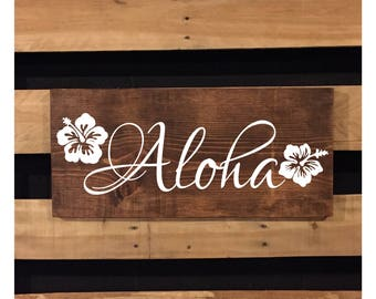 Aloha Sign | Wood Sign | Welcome Sign | Beach Sign | Rustic Sign | Beach Decor | Hawaiian Decor | Hibiscus Flower | Beach House | 22550