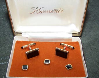 Vintage Dress Set NOS In Box With Brochure  Krementz Cuff links  & Shirt Buttons Lifetime Warranty Gold Overlay Black Father's Day