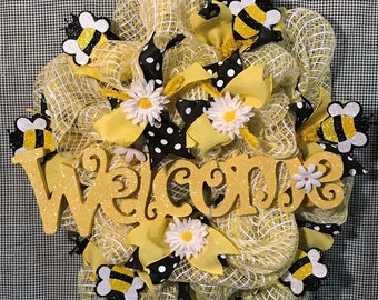 Bumblebee Welcome Mesh Wreath/Spring, Summer  Front Door Wreath