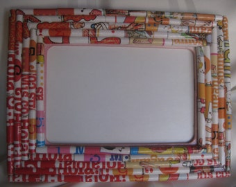 Picture frame, multicolor, upcycled paper rolls, unique gift for any occasion