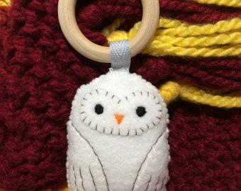 Snowy Owl Felt Rattle