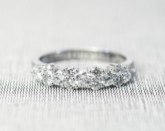 Beautiful Diamond Wedding Band/Band ring in 18K gold, Round Brilliant cut Diamond ring.