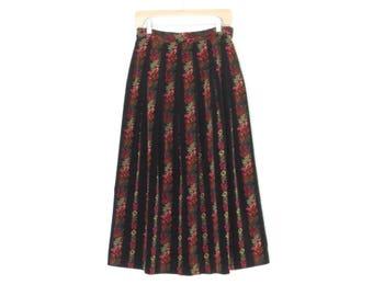 vintage dirndl skirt * velvet skirt * folk floral skirt * 80s skirt * s / m