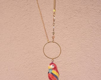 Ceramic necklace with Parrot