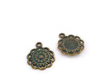 2 charms bronze and turquoise flowers