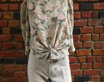 Vintage Designer Blouse in Pastel Floral Print with Knotted Tie Waist and Button-Up Back, Puff Sleeves 1979