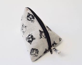 Cat pyramid make up bag, cosmetic bag, cat make up pouch, make up zipper bag, cat zipper pouch, canvas pouch, small make up purse, cat gift