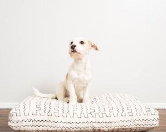 White and Black Mudcloth Dog Bed // Medium