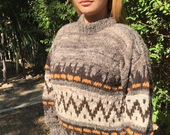 Large wool sweater,brown,tan