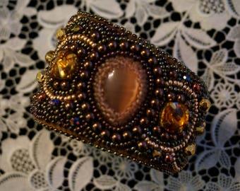 The bead embroidered cuff Safari by La Bonna