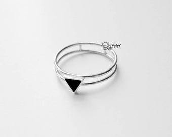Sterling silver ring, Black Triangle Ring , made in VietNam , basic, minimal