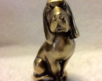 Brass hound dog paperweight. Free ship to US.