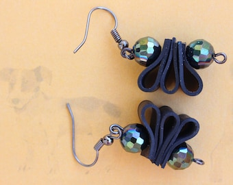 Firefly (handmade earrings from recycled bicycle inner tube and beads)