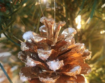Naturally Handmade Metallic Sparkly Pine Cone Christmas Tree Decorations. (Set of 15) Bring Nature Indoors this Winter Season!