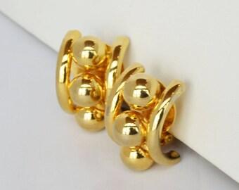 Glitzy Norma Jean Golden Ball Earrings Clip-on
