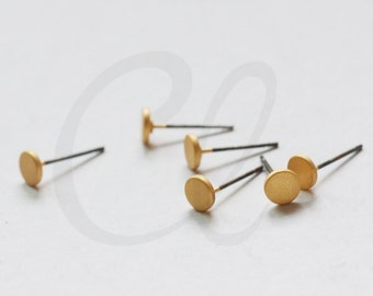 2 Pieces (One Pair) Premium Matte Gold Plated Brass Base Earring Post - Flat Round 5mm (3136C-R-400)