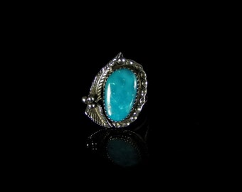 Women's Royston Turquoise Ring; Sterling Silver, Handmade, Hallmarked, Size 7.0, R0457