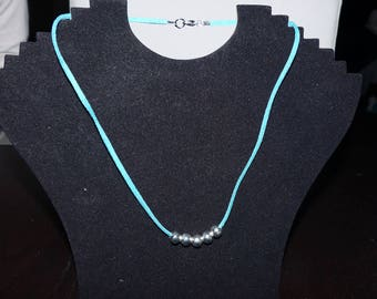 Necklace with silver beads