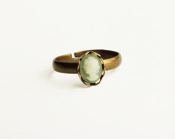 Green Cameo Ring Tiny Victorian Stacking Ring Small Adjustable Cameo Ring Tiny Green Stackable Ring Victorian Cameo Jewelry